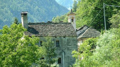 Borgomezzavalle, le immagini del borgo piemontese