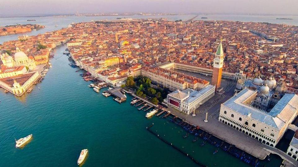Risultati immagini per venezia giardini ex reali