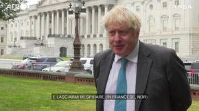 """Crisi dei sottomarini, Johnson invita la Francia a """"darsi una calmata"""": """"Lasciatemi respirare"""""""