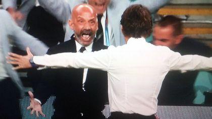Italia-Austria, l'abbraccio tra Vialli e Mancini dopo il gol degli azzurri