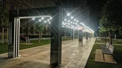 """La Spezia, le luci della discordia sull'installazione di Daniel Buren: """"Distruggono un'opera d'arte"""""""