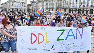 Ddl Zan, il movimento Lgbt compatto contro ogni modifica: «Basta mediazioni sulla nostra pelle»
