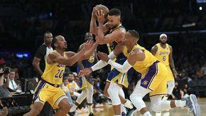 Nba, Golden State vincono e rovinano l'esordio dei nuovi Lakers. Ufficiale il ritorno tra i giallo-viola di Avery Bradley