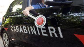Rapinatore ferisce barista con un pugno, arrestato dai carabinieri