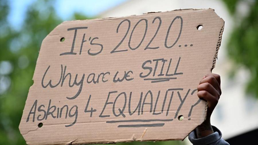 Il gruppo Sky stanzia 30 milioni di sterline per lotta contro l'ingiustizia razziale