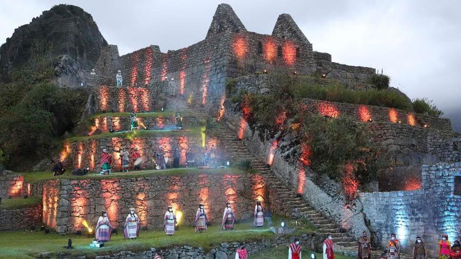 Perù, il sito di Machu Picchu riapre dopo otto mesi di chiusura