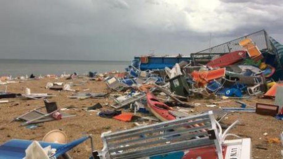 Tempesta Sulla Riviera Adriatica A Pescara 18 Feriti Dalla