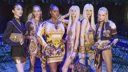 Versace by Fendi e Fendi by Versace: la sfilata evento che ha elettrizzato la fashion week milanese
