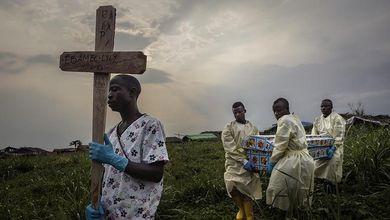 Nell'inferno di Ebola
