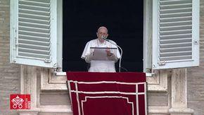 """Giornata dei Nonni, il Papa: """"Gli anziani non sono scarti da buttare, senza dialogo tra loro e i giovani la Storia non va avanti"""""""