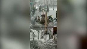 """Catania, Piazza Duomo è un fiume in Piena. Miriam Leone: """"Vorremmo sapere come possiamo aiutare"""""""