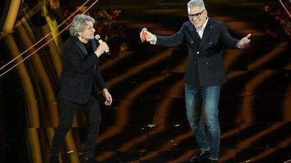 Sanremo 2020, la terza serata: le cover con i grandi pezzi, da 'Vado al massimo' a 'E se domani' fino a 'Gli uomini non cambiano'