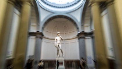 """Firenze, David """"oscurato"""" dallo sciopero dei no Green Pass: chiusa l'Accademia"""