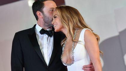 Jennifer Lopez incanta Venezia: lo stile di Jlo al fianco di Ben Affleck