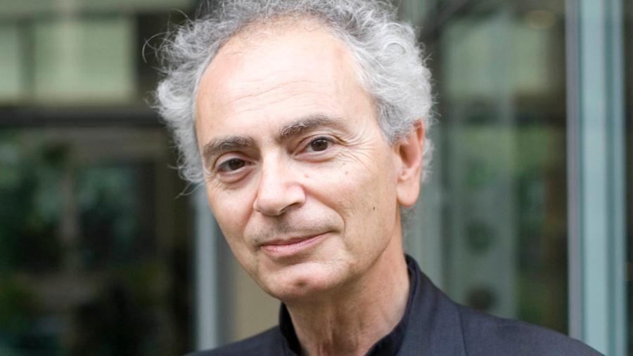 Cultura, è morto lo scrittore Daniele Del Giudice: aveva scritto Lo stadio di Wimbledon - La Stampa