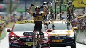 Tour, ad Andorra vince lo statunitense Kuss. Pogacar sempre leader
