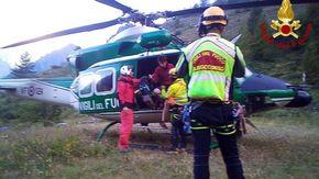 Escursionista in difficoltà su Tête de la Frema (3142 metri) tra le valli Maira e Ubaye recuperato dall'elicottero