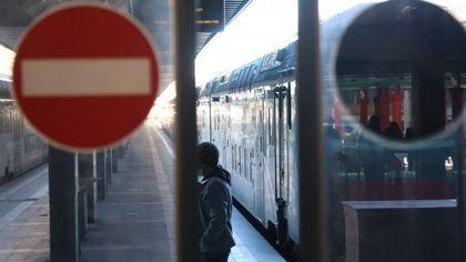 Sciopero 11 ottobre, a Milano e in Lombardia trasporti a rischio: da Atm a Trenord cosa si ferma e quando