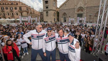 """Messina, bagno di folla per la seconda tappa di """"Banca Generali - Un Campione per Amico"""". Più di 1000 bambini in festa"""