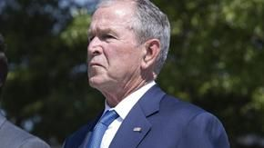 George W. Bush breaks the silence and leads the dissent of the Republicans