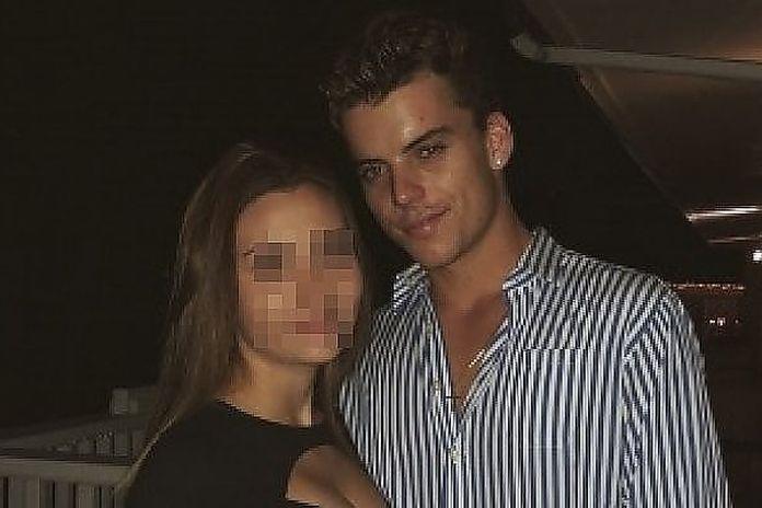 Fidanzato ha attivo online dating profilo