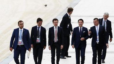 Manager, 007, ambasciatori: la rete di potere di Giuseppe Conte che rischia di saltare con lui