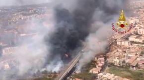 Allarme incendi, oltre 800 roghi in Italia