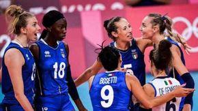 """Tokyo, l'Italia del volley annientata, fuori anche le donne: Ko 3-0 con Serbia. Mazzanti: """"Avevo detto di staccarsi dai social"""""""