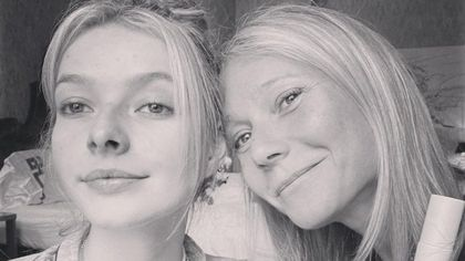 Gwyneth Paltrow in topless a 48 anni per lanciare la sua linea di gioielli, ispirata alla figlia