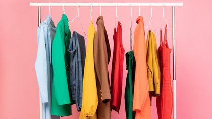 Ok il prezzo è giusto: un guardaroba perfetto a soli 100 euro