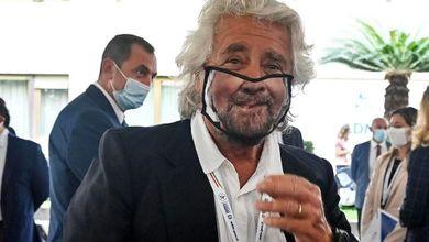 Beppe Grillo, le donne e lo stupro: ultra decennale storia del sessismo a Cinque stelle