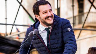 Elezioni, il boom di Matteo Salvini sporcato dai sospetti