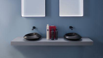 Bellezza al bagno, colore e decori lo rivoluzionano