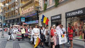 World Folklore Festival, parata di bande. Musica e colori nel cuore di Sanremo