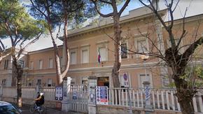 Pescara: falso allarme bomba, evacuate due scuole