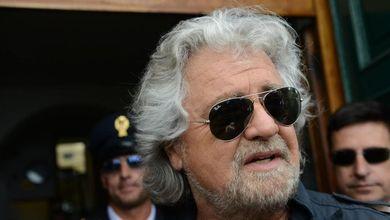 Beppe Grillo come Paolo Conte. Sul Pd scrive: 'Voi che avete perso a Livorno'