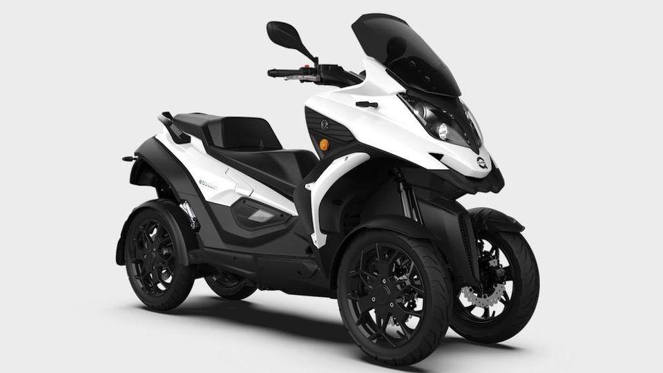 Quadro e-Qooder, il maxi-scooter con 4 ruote è anche elettrico