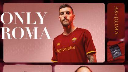 Roma, presentala la maglia per la prossima stagione