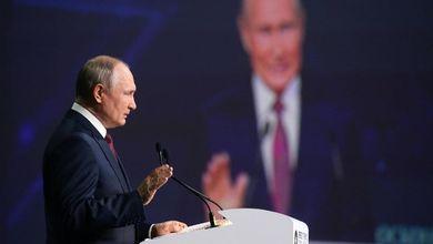 Niente oppositori in lista: Putin prepara le elezioni con la legge anti-Navalny