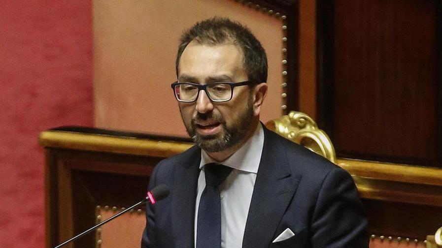 Giustizia, no al decreto. E Renzi vota la fiducia sul lodo in Parlamento – La Stampa