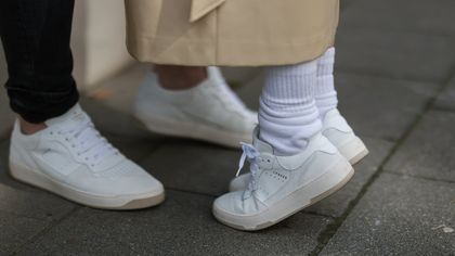 Nove sneakers dall'anima green