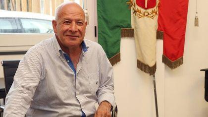 È morto il sindaco di Amatrice Antonio Fontanella, per lui tornano a suonare le campane