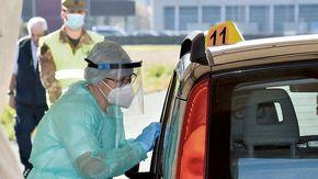 Covid: l'Usl potenzia il servizio tamponi al drive-in di Aosta
