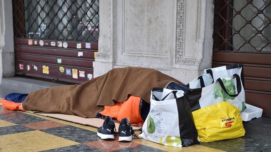 Clochard trovato morto a Torino, è secondo in pochi giorni