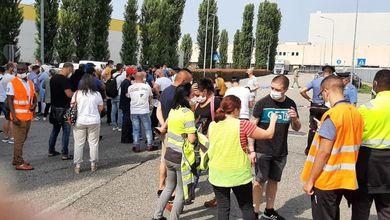 Il sindacalista Adil Belakhdim è stato investito e ucciso durante una manifestazione a Novara