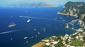 48 ore a Capri per scoprire le magiche grotte e i magnifici faraglioni (e non solo)