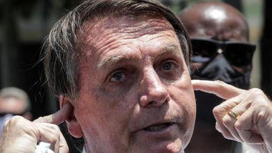 Negazionismo, sparate da macho e zero mascherine: il Covid-19 secondo Jair Bolsonaro