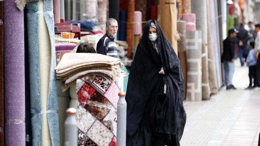 """In Iran: """"Abbiamo un morto per coronavirus ogni 10 minui"""", l'Oms: bisogna fare di più – La Stampa"""