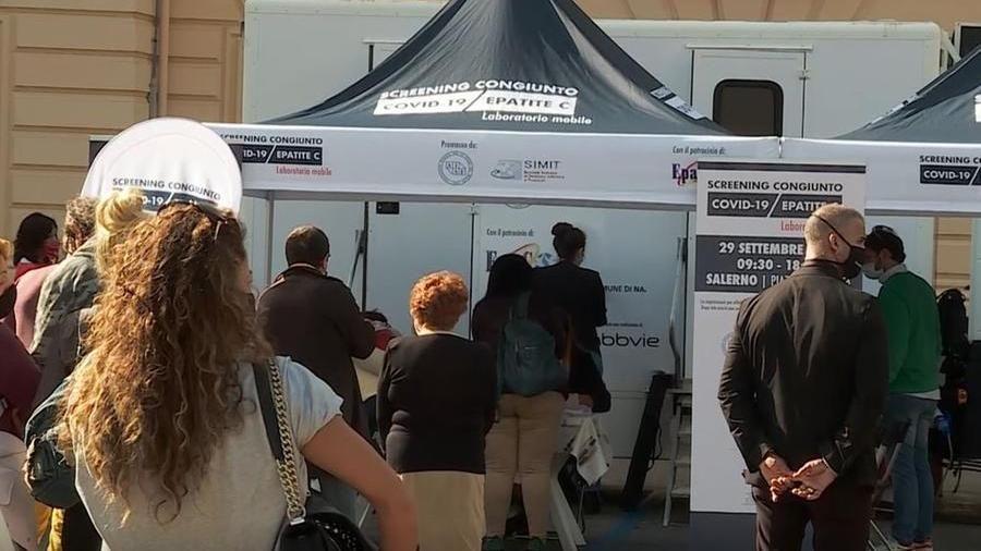 A Milano un giorno per lo screening di epatite C e Covid-19 - La Stampa