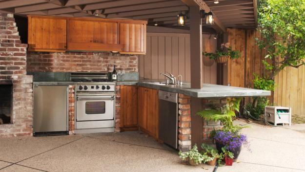 Un angolo di cucina all\'aperto<br/> - La Stampa